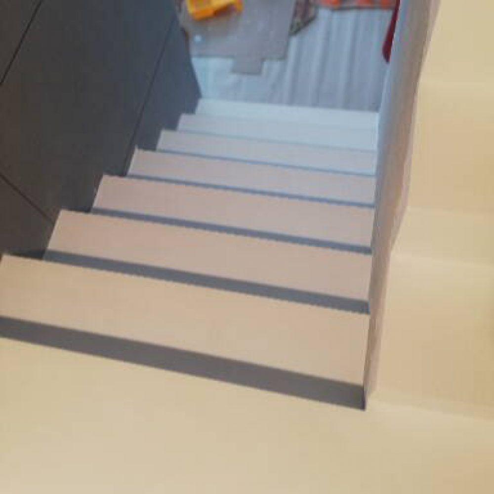 schody biale2